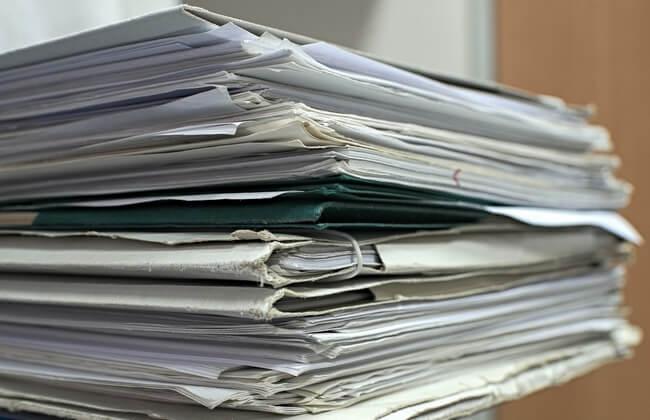 Résiliation de contrats en copropriété : loi Chatel et Hamon